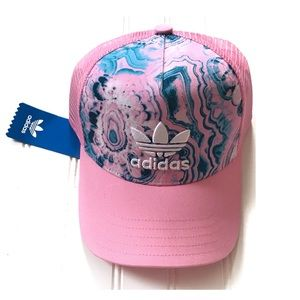 Adidas Pink trucker snap back cap One Size